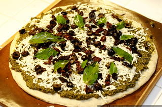 recipe: pesto pizza - _MG_6150 | by sean dreilinger