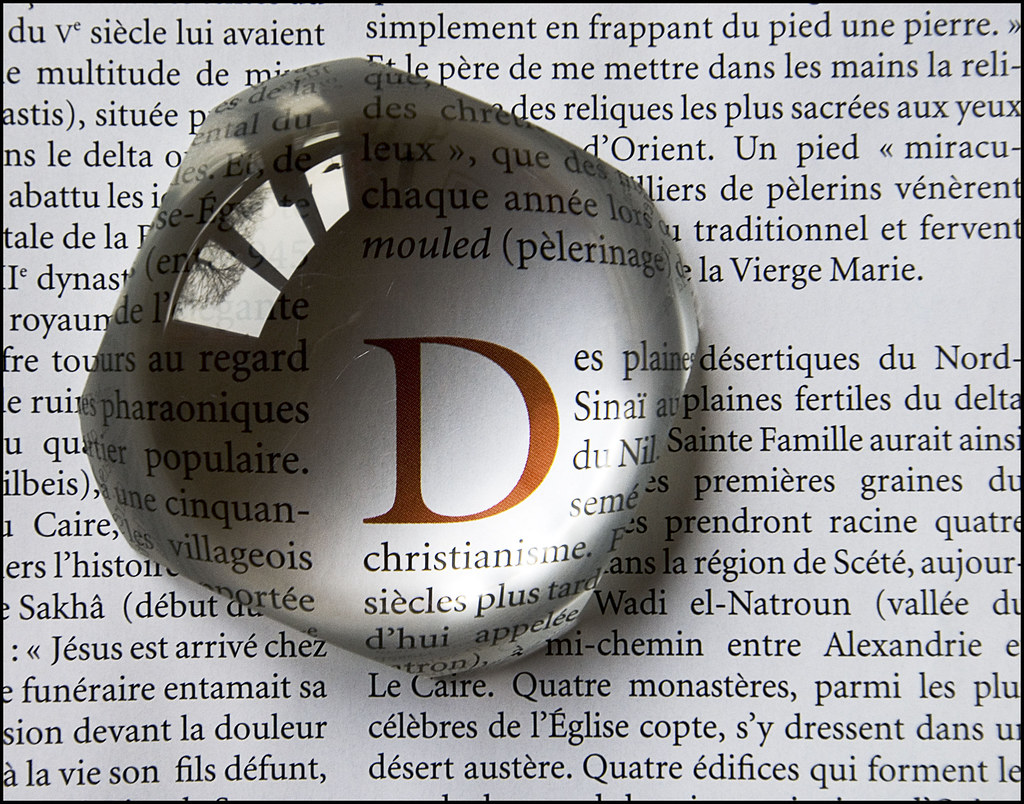 Loupe & lettres