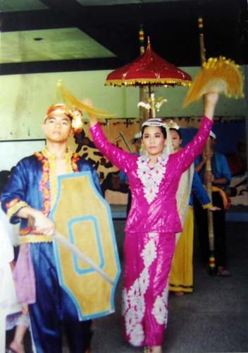 muslim princess and her warrior prince | singkil dance '98