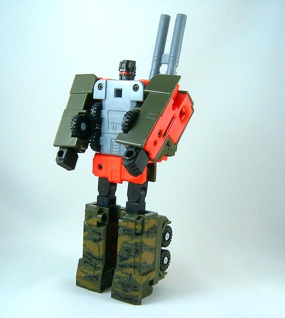 Transformers Mega Octane - modo robot (Onslaught G1 Repain… | Flickr