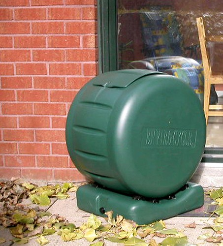 Tumbling compost bin / composter | by cleanairgardening