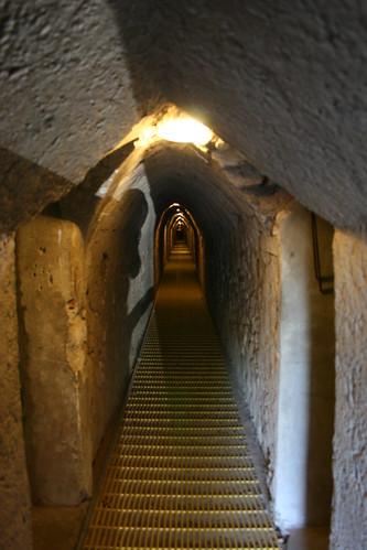 Largo tunel