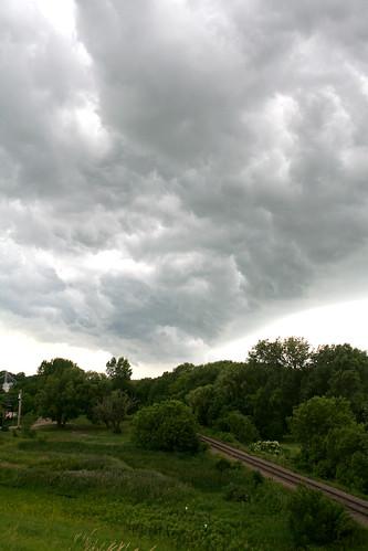 railroad sky cloud storm minnesota prairie mn stormfront albertlea southernminnesota freeborncounty frontalcloud minnesotathunderstorms
