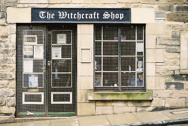 Witchcraft Shop, Edinburgh | err a Witchcraft Shop on Edinbu… | Flickr