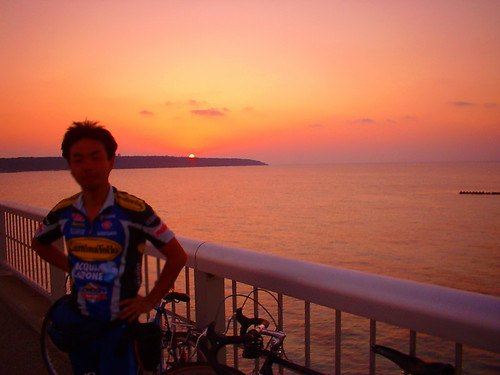 road sunset sea bicycle geotagged biking miyakojima 宮古島 musashicyclo 武蔵大学サイクリング部 scycling 2002spmiyako cycloallspring amiyakojima pkurimaohashi cyclememories cyclememories1a kurimaohashi cycloallrun geo:lat=24729487 geo:lon=125270147 cyclomembers miyakojimabest miyakojimacyclomembers cycloallrun2 自転者