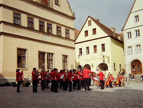 Rothenburg Children's Band... Click for larger image