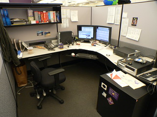 04 My Yahoo Cubicle | by nicwn