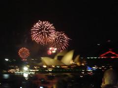 Sydney New Years Eve Fireworks 2007 | by kevgibbo