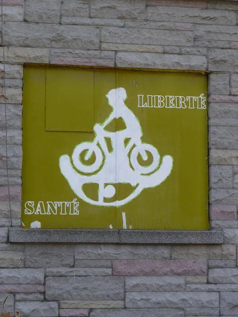 Tue, 10/12/2010 - 17:06 - It translates, 'Liberty / Health'
