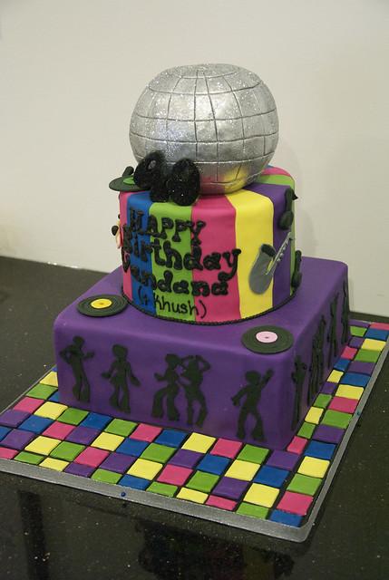 BC4066 - disco birthday cake