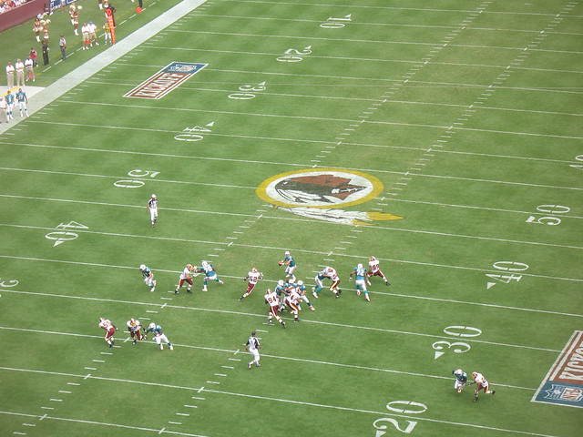 Skins_V_Dolphins_Snap_2_Ball_exposed