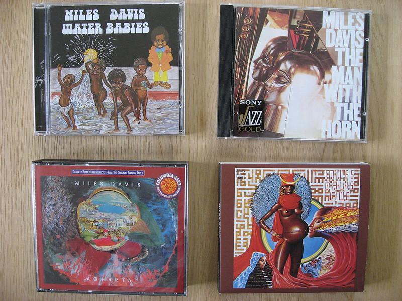 4 Miles Davis CDs