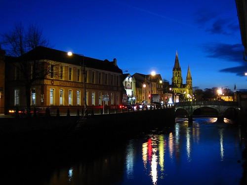 ireland cork sunset longexposure europe europa viajeros travellers irlanda nightlights fotografianocturna mirror reflejo lowlight 2006 eire churches irishchurches winter celtic celtas thebluehour 2000v