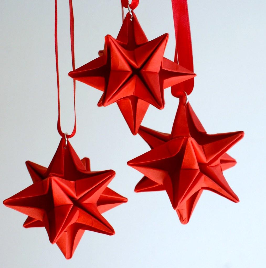 Origami Christmas.Origami Christmas Star Mille Gru Di Carta Flickr