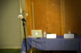 Audience microphone at APExpo 2010 022.jpg