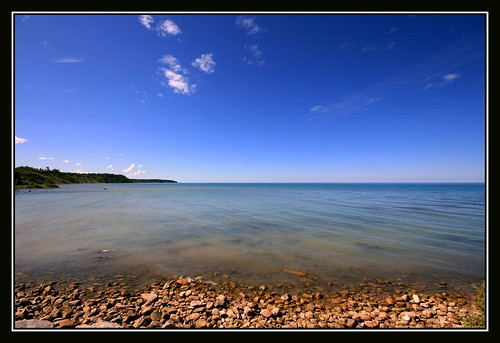 blue sky ontario canada water rocks searchthebest wideangle lakehuron goderich 10mm naturesfinest blueribbonwinner sigma1020 supershot thecontinuum specnature abigfave canon400d anawesomeshot colorphotoaward superbmasterpiece goldenphotographer diamondclassphotographer flickrdiamond wetraveltheworld