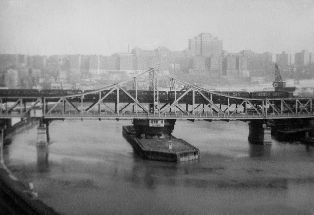 19540000PH-119  225th St. Bridge  New York  c1954