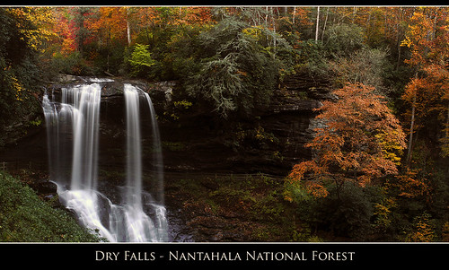 longexposure autumn fall nature water waterfall nc highlands stitch fallcolors northcarolina panoramic dryfalls hugin wondersofnature photocontestfall10