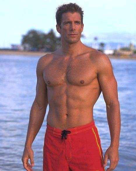 Shirtless Jason Brooks ,one of the sexiest hunks of Baywat… | Flickr