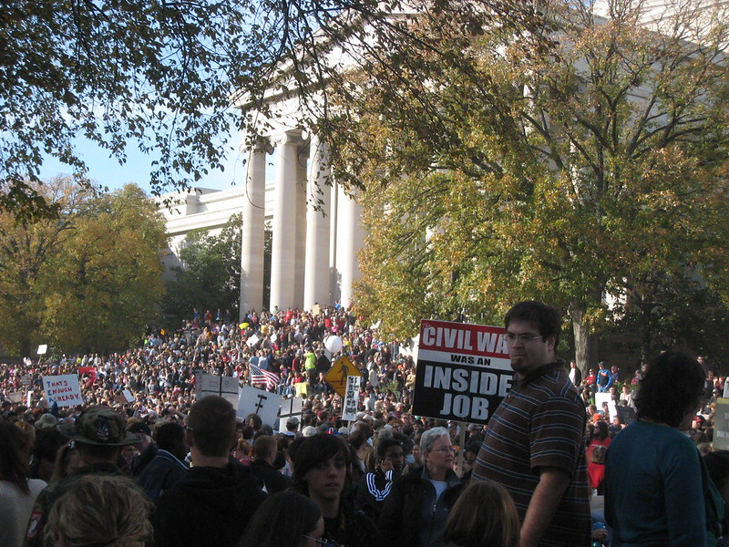 massive crowd on the steps of the Archives