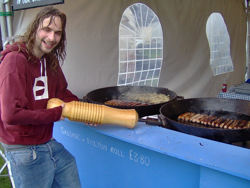 I want a Frying Pan THIS BIG!!
