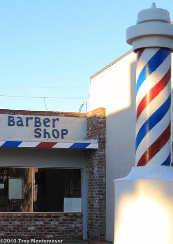 california sky building brick sign sunrise unitedstates structure barbershop barber northamerica centralvalley riovista barberpole sanjoaquindelta solanocounty riovistaca canoneos50d