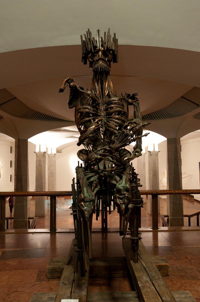 György Dózsa on a Burning Throne | This gruesome sculpture r