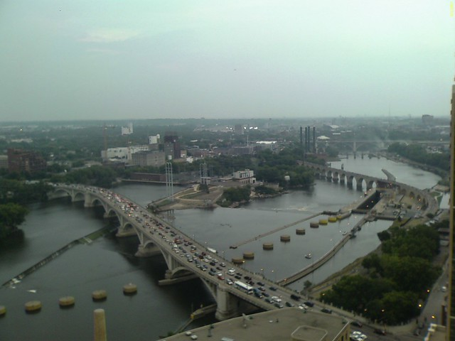 Birdview of the collapsed I-35w bridge on Mississippi River