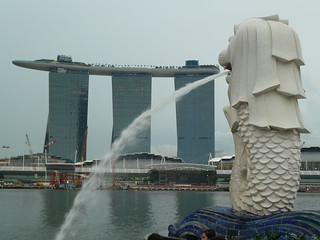 Merlion and the Marina Bay Sands | by mroach