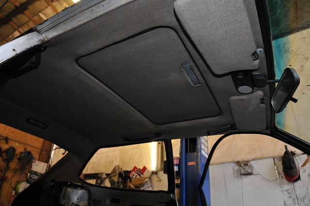 Lancia Beta HPE Volumex headlining / sunroof DSC_0139