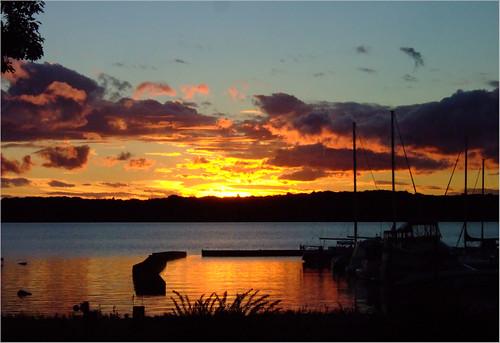 sunset boats dock f10 lakemichigan greatlakes michiganfavorites traversecity 110fav joeldinda grandtraverse missionpoint bowersharbor