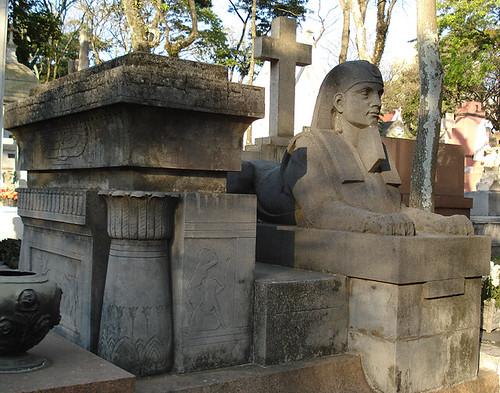 Sarcofago Esse Ganha O Trofeu Viagem Do Cemiterio Pelo No Flickr
