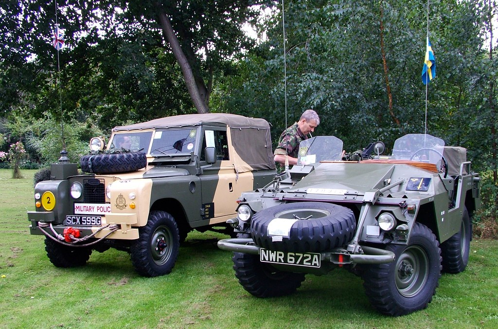 Military Landrover And Swedish Army Volvo Jeep Came Seco Flickr