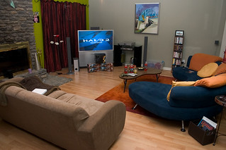 Halo living room | by The Pug Father