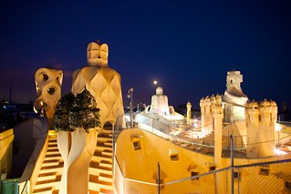 Moonlight over the roof of La Pedrera   by jiuguangw