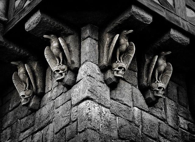 Ravens & Skulls