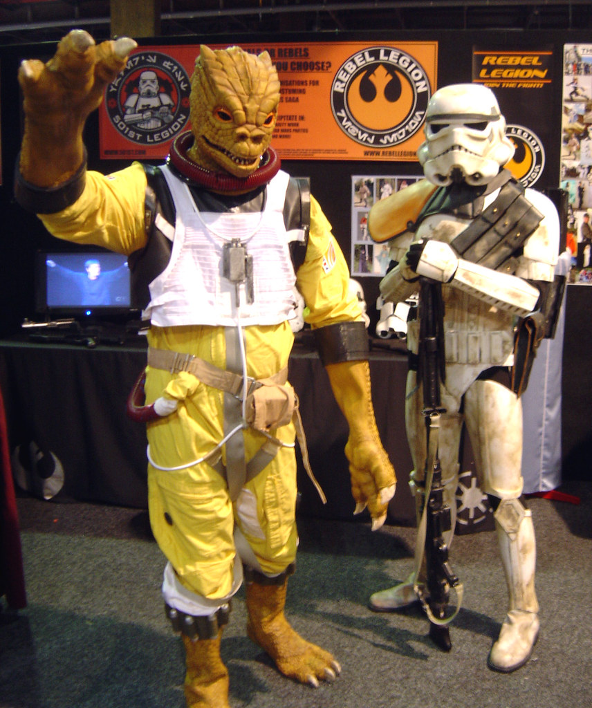 Bossk And Sandtrooper Troopers At The 501st Rl Booth At Ar