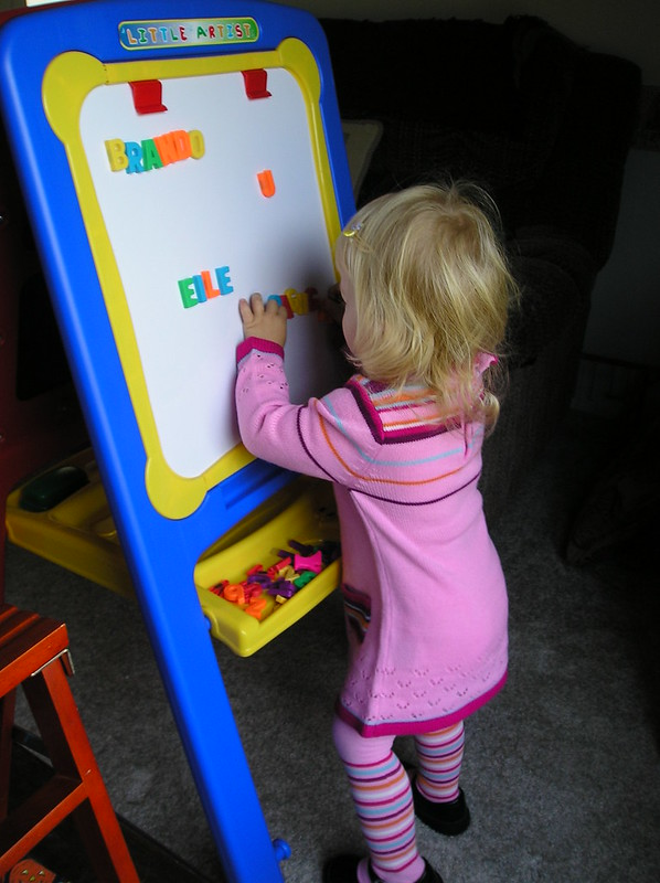 2006 - elle with easel