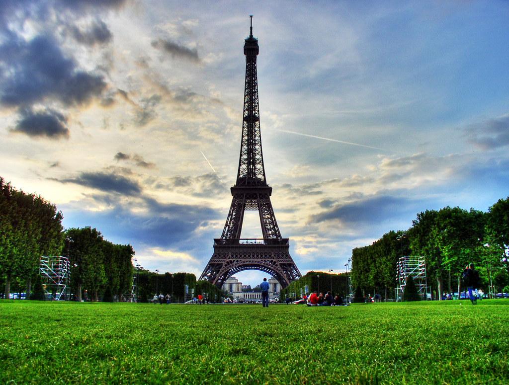 Tour Eiffel - HDR - Eiffel Tower Paris | note!: You are ...