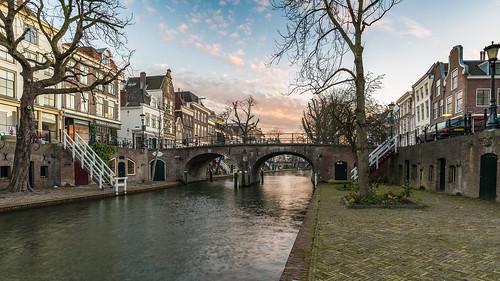 canonef1635mmf4lisusm canoneos5dmarkiii oudegracht utrecht sunset nederland holland water herfst