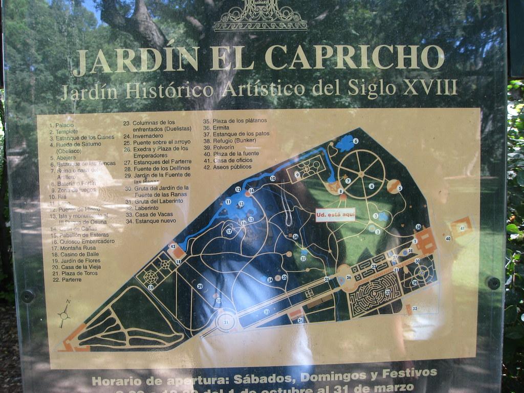 Parque Del Capricho Mapa.Mapa Del Parque Del Capricho Por Un Lado Los Reflejos Y Br