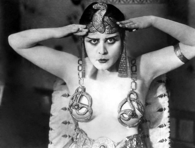 Theda Bara in 'Cleopatra' 1917