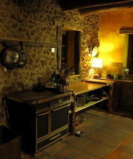 The worktop's finished and I cleaned the cooker to celebrate | by hardworkinghippy : La Ferme de Sourrou
