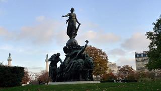 place de la Nation (PARIS,FR75)   by jean-louis zimmermann