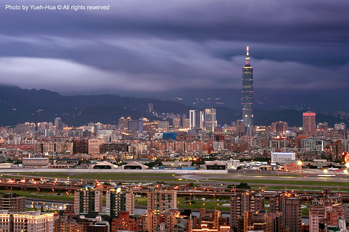 Taipei City at Night │ May 16, 2010 | by *Yueh-Hua 2021