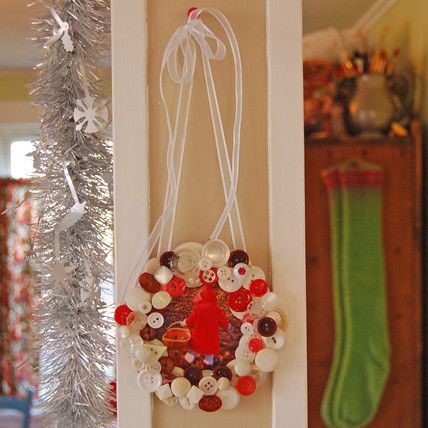 button frame wreath | by SouleMama
