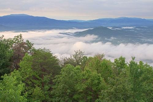 lake mountains fog sunrise tennessee nationalforest cherokee cherokeenationalforest chilhoweemountain ocoeelake