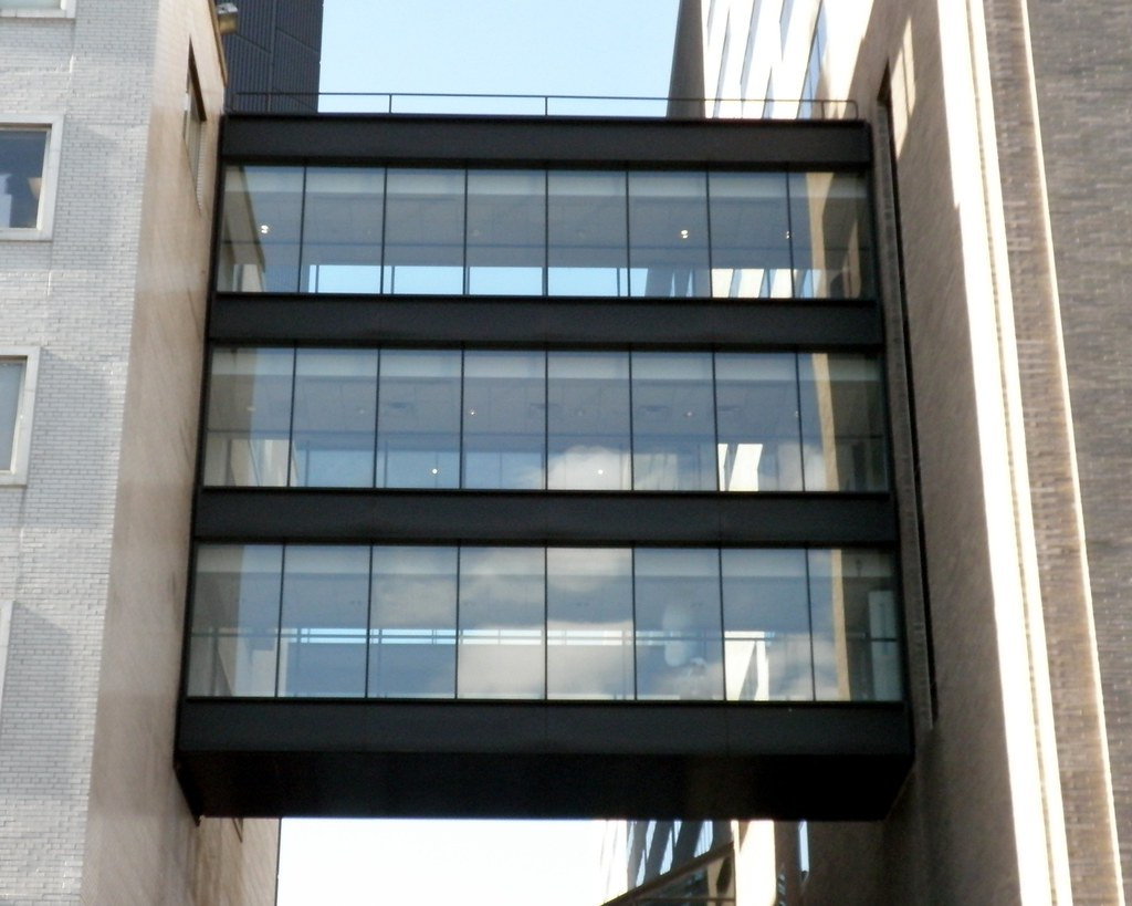 M292 Mount Sinai Medical Center Pedestrian Overpasses, Mad… | Flickr