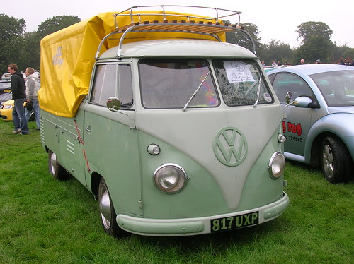 VW Camper/Bus | by helena.40proof