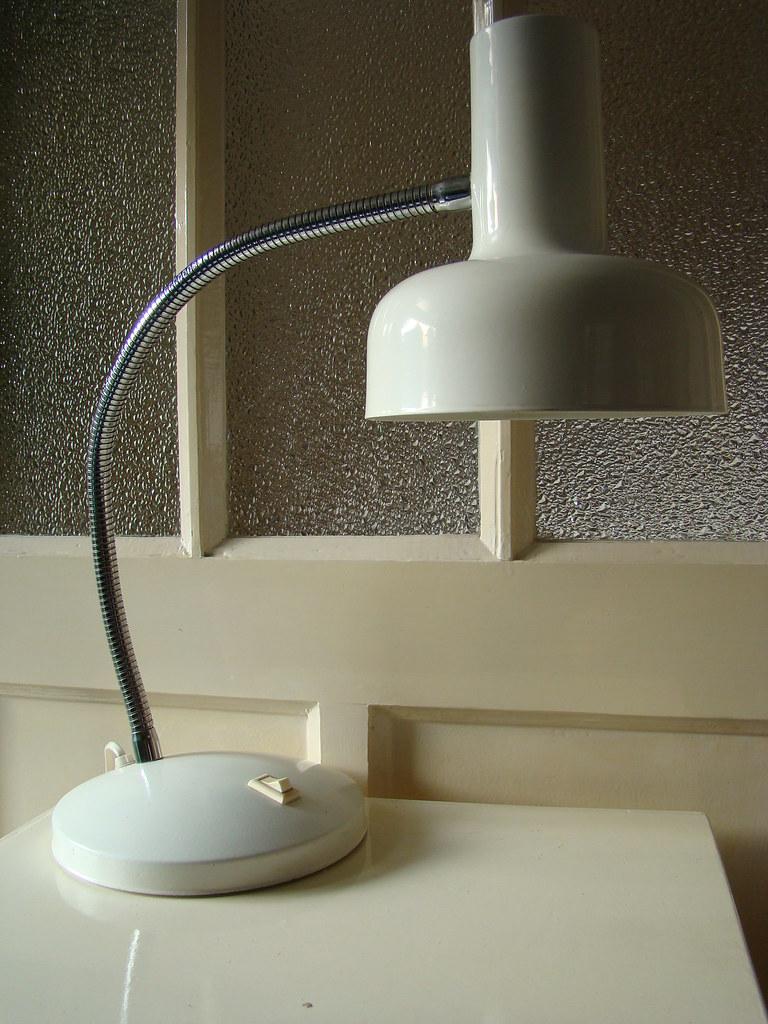 3 Plexiglas Bijzettafeltjes.Retro Hala Anvia Bureaulamp Conditie Goed Aalto Aarn Flickr